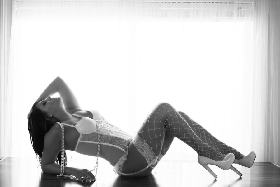 erotic sensual couple le boudoir melbourne